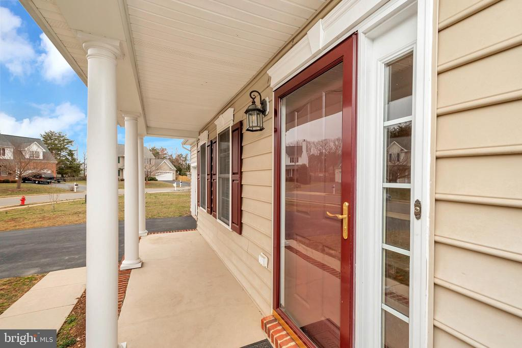Front porch with storm door - 4111 DERBYSHIRE LN, FREDERICKSBURG