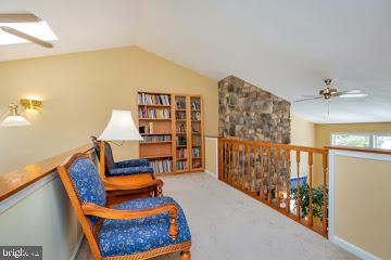 upper level Cat-Walk with sitting area - 1351 LAKEVIEW PKWY, LOCUST GROVE