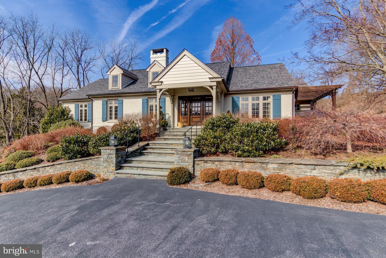 Photo of home for sale at 7 Meadows Lane, Centreville DE