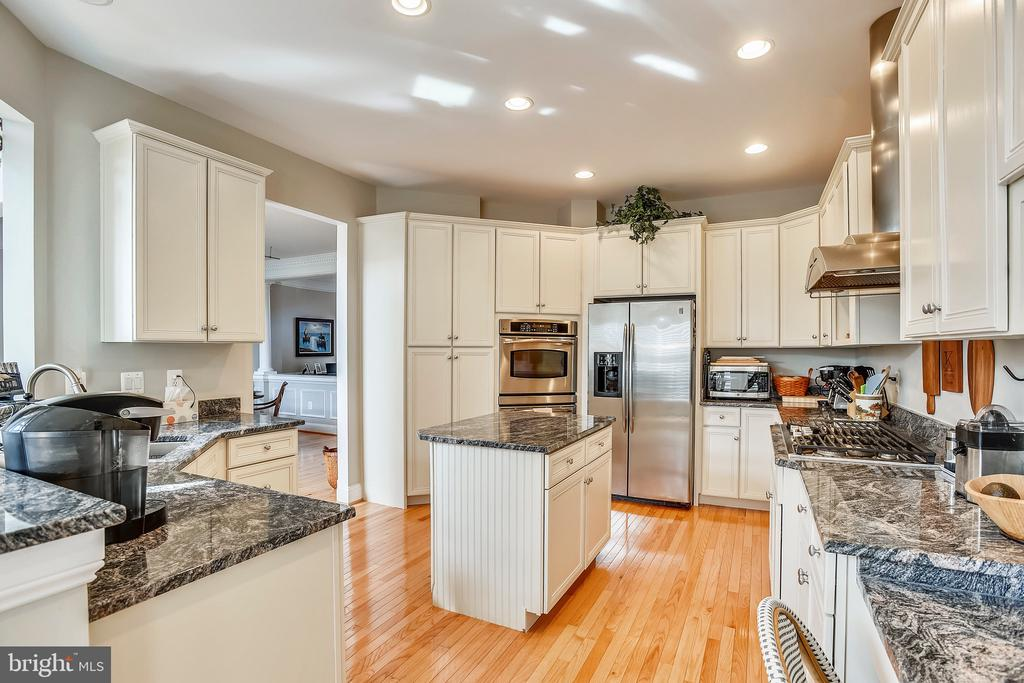 Kitchen- Refinished Cabinetry - 43703 BURNING SANDS TER, LEESBURG