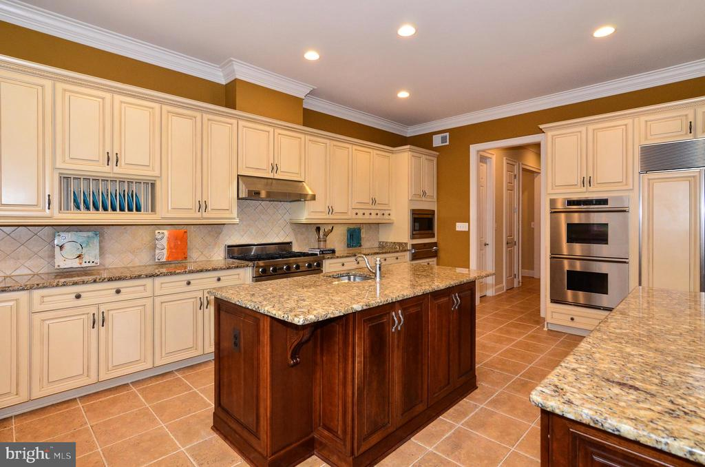 Beautiful custom cabinetry in kitchen - 12794 YATES FORD ROAD, CLIFTON