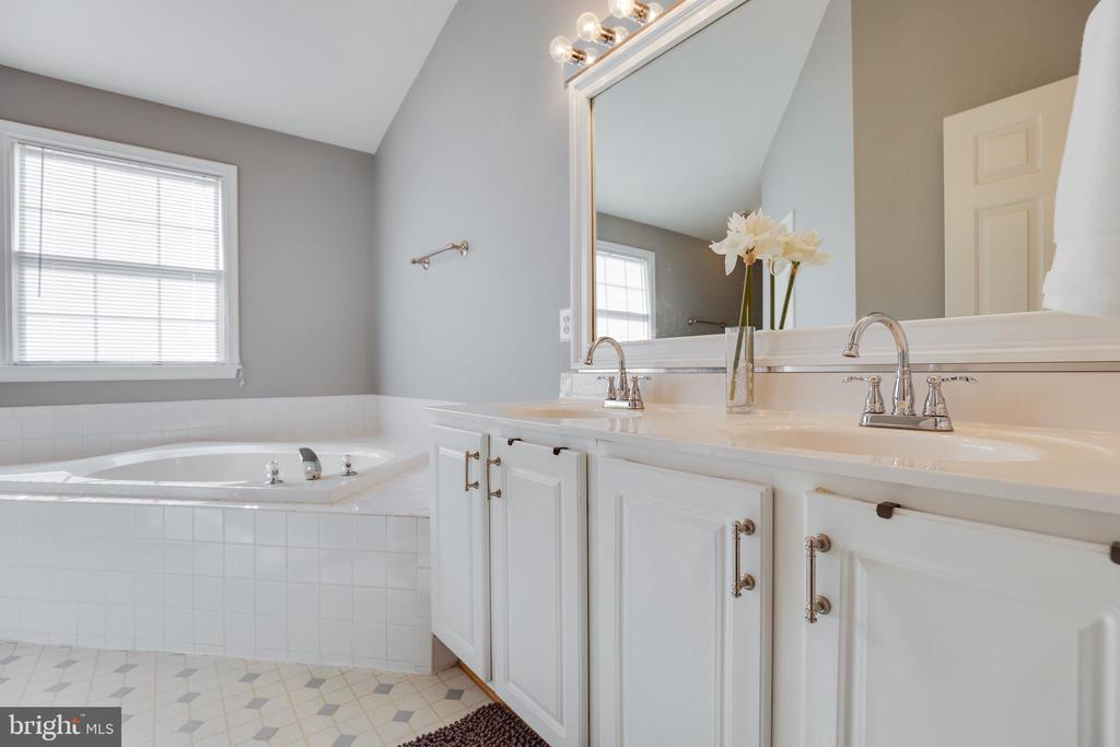 Master Bath - 15588 DRYDEN WAY, DUMFRIES