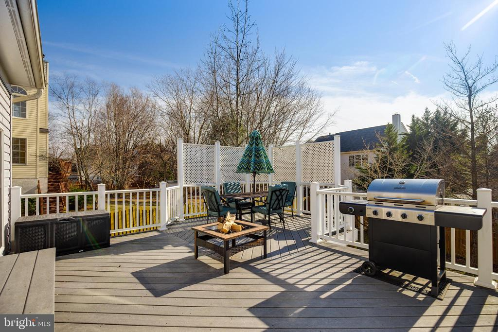 Deck - 15588 DRYDEN WAY, DUMFRIES