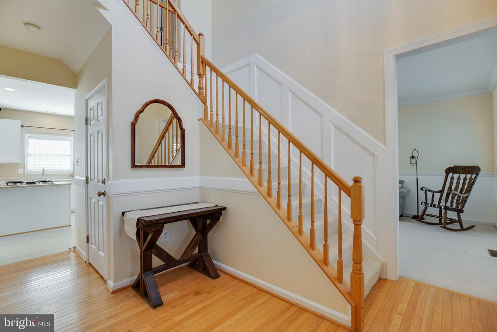 Foyer - 15588 DRYDEN WAY, DUMFRIES