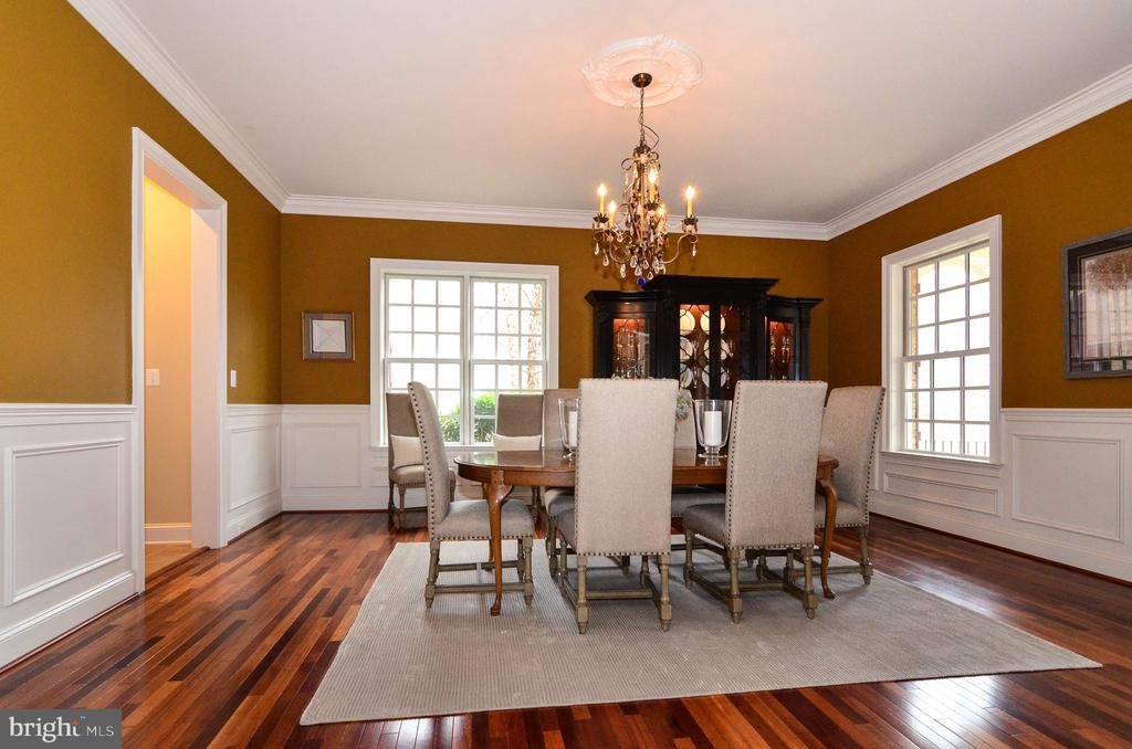 Grand dining room with room for entertaining - 12794 YATES FORD ROAD, CLIFTON