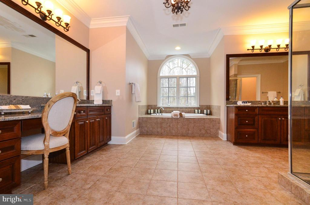 Gorgeous master bath with to vanity areas - 12794 YATES FORD ROAD, CLIFTON