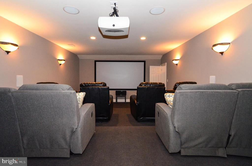 Enjoy movies in your home theatre w/ 130 in screen - 12794 YATES FORD ROAD, CLIFTON