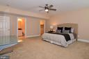 Very spacious bedroom w/  walk in closet & bath - 12794 YATES FORD ROAD, CLIFTON