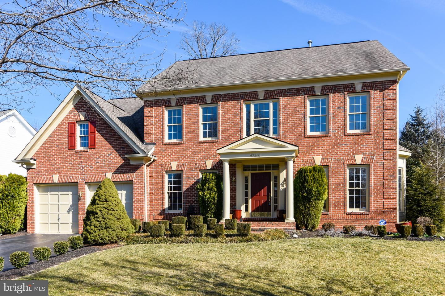 Single Family for Sale at 43268 Hill Head Pl Leesburg, Virginia 20176 United States