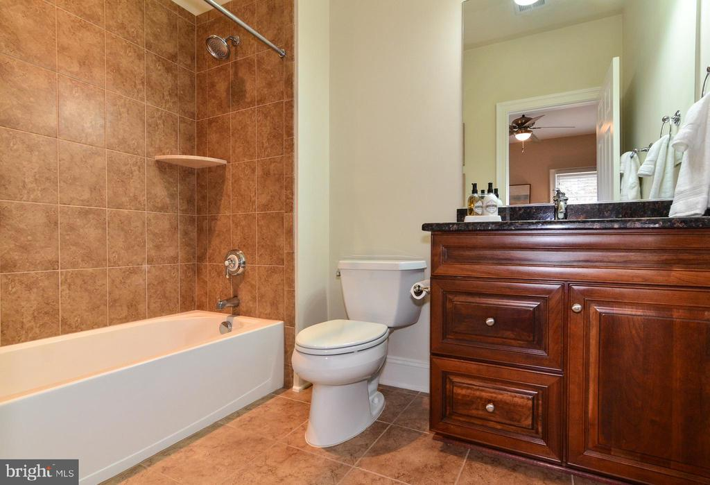En suite 2nd bathroom with granite counters - 12794 YATES FORD ROAD, CLIFTON