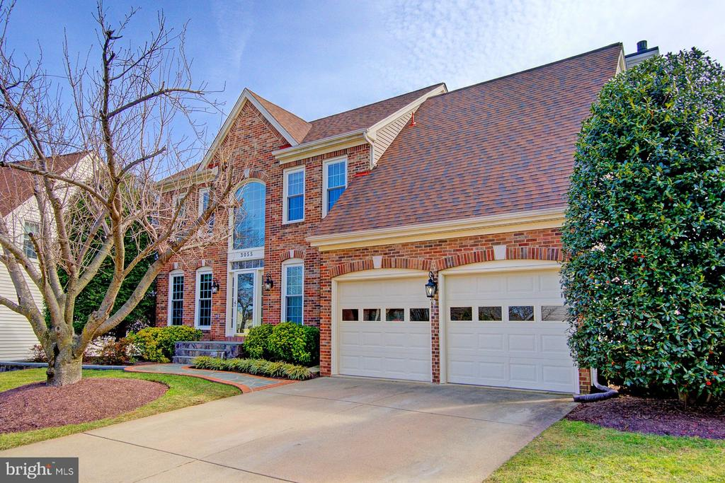 Welcoming Brick Front - 3055 JEANNIE ANNA CT, HERNDON