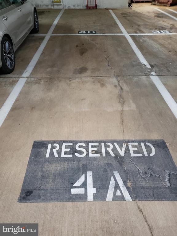 2 Tandem Parking Spaces - 5809 NICHOLSON LN #1011, NORTH BETHESDA