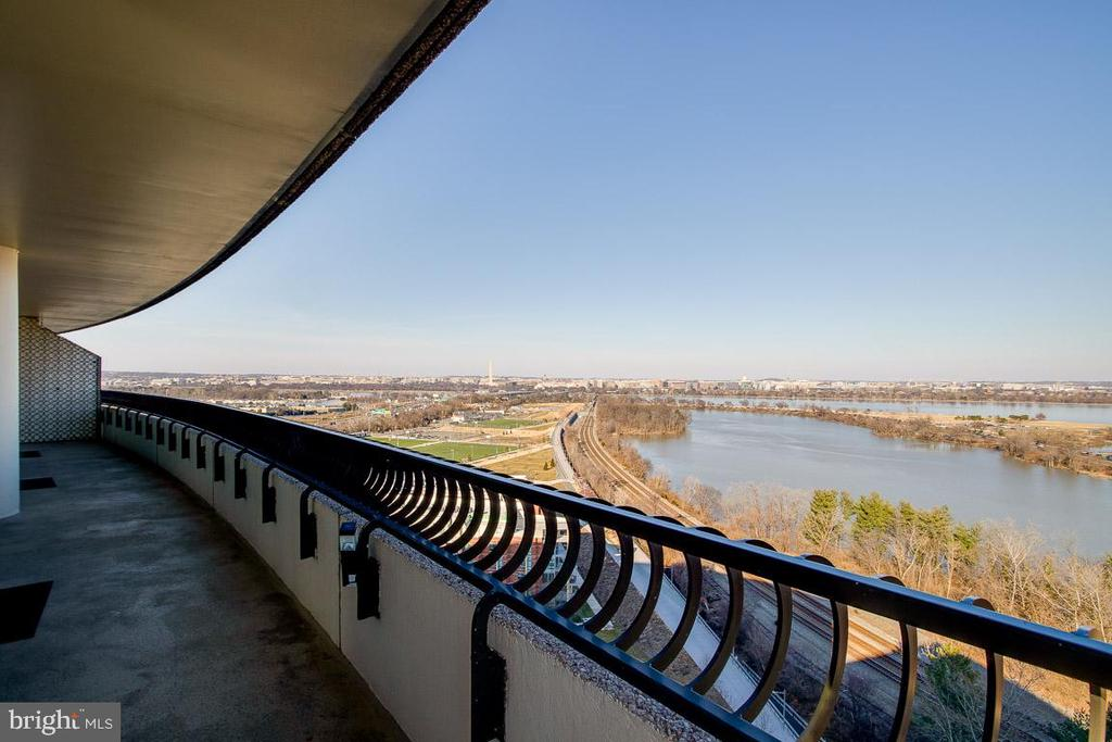 City view from balcony - 1200 CRYSTAL DR #1713, 1714, ARLINGTON