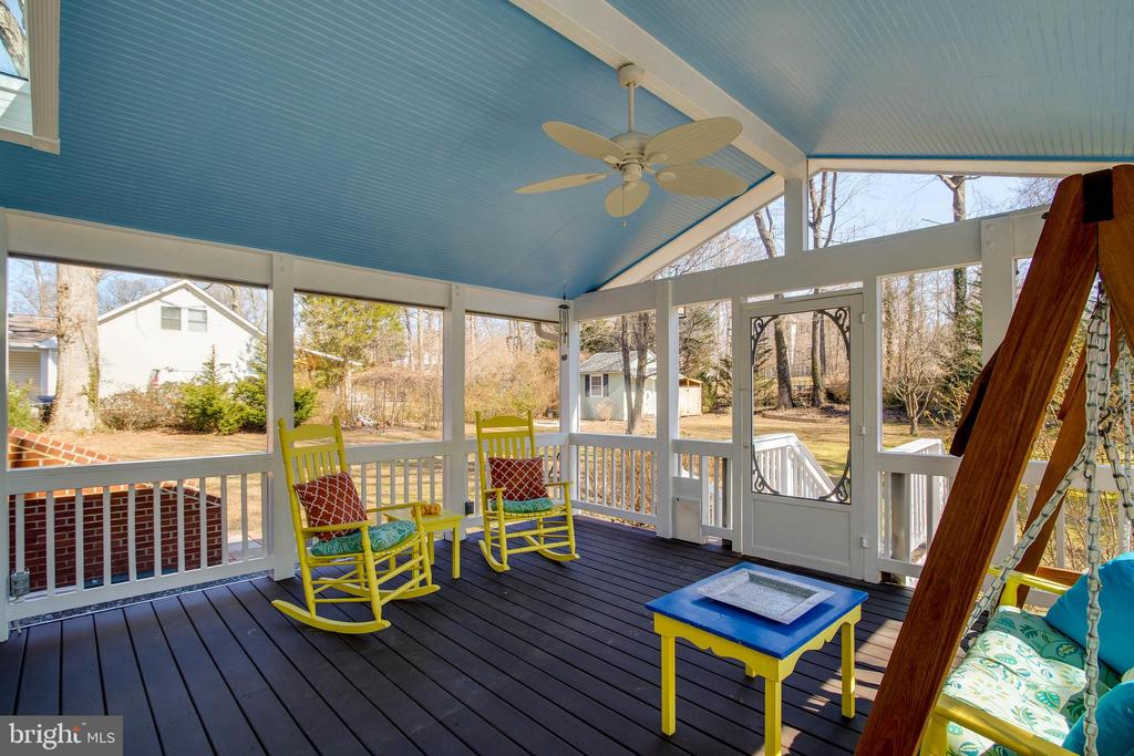 Screened in porch - 4123 BURKE STATION RD, FAIRFAX