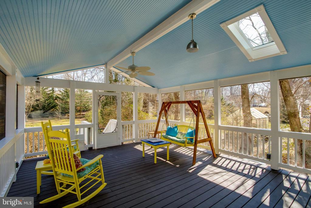 Porch overlooks the 1/2 acre lot - 4123 BURKE STATION RD, FAIRFAX