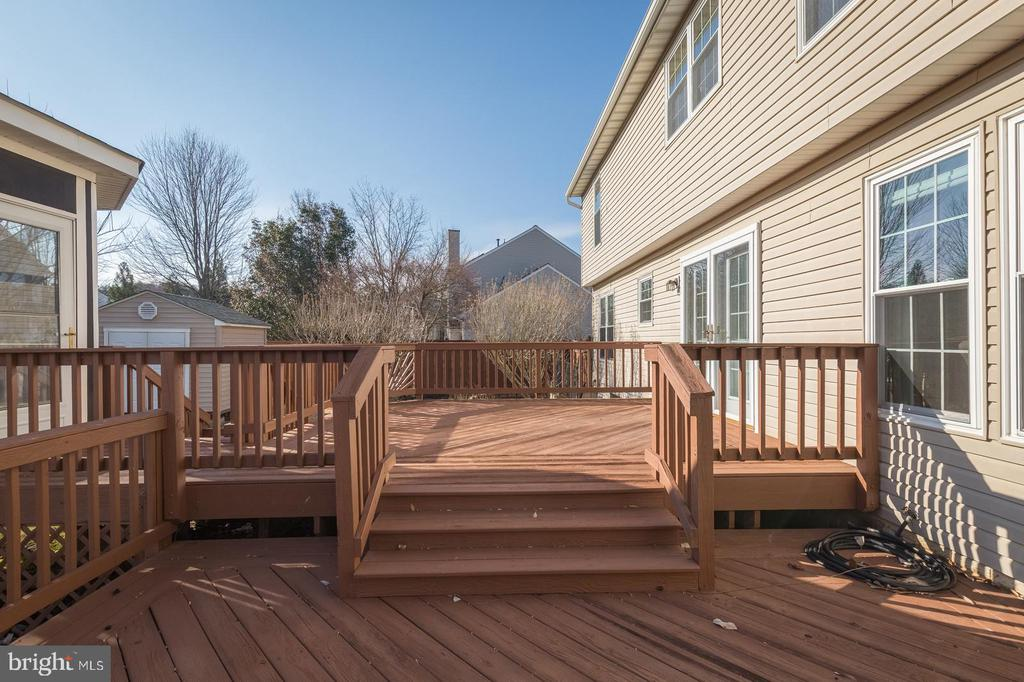 Step down to more deck space. - 8 WESTCHESTER CT, STAFFORD