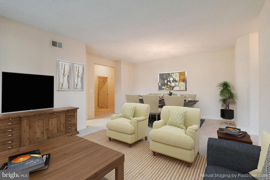 Plenty of Living and Dining Space - 19355 CYPRESS RIDGE TER #601, LEESBURG