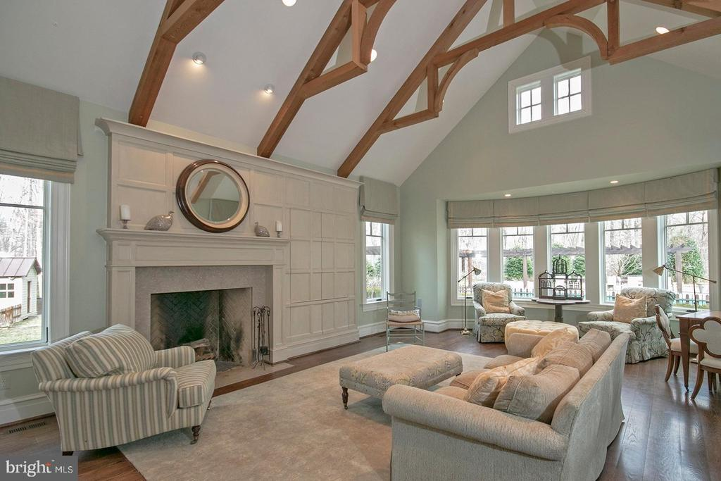 Family Room with Artistic Beams - 203 CARRWOOD RD, GREAT FALLS