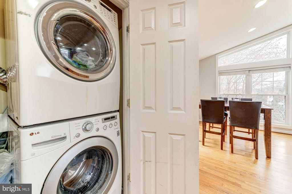 Washer & Dryer on Main Level - 6221 LAVELL CT, SPRINGFIELD