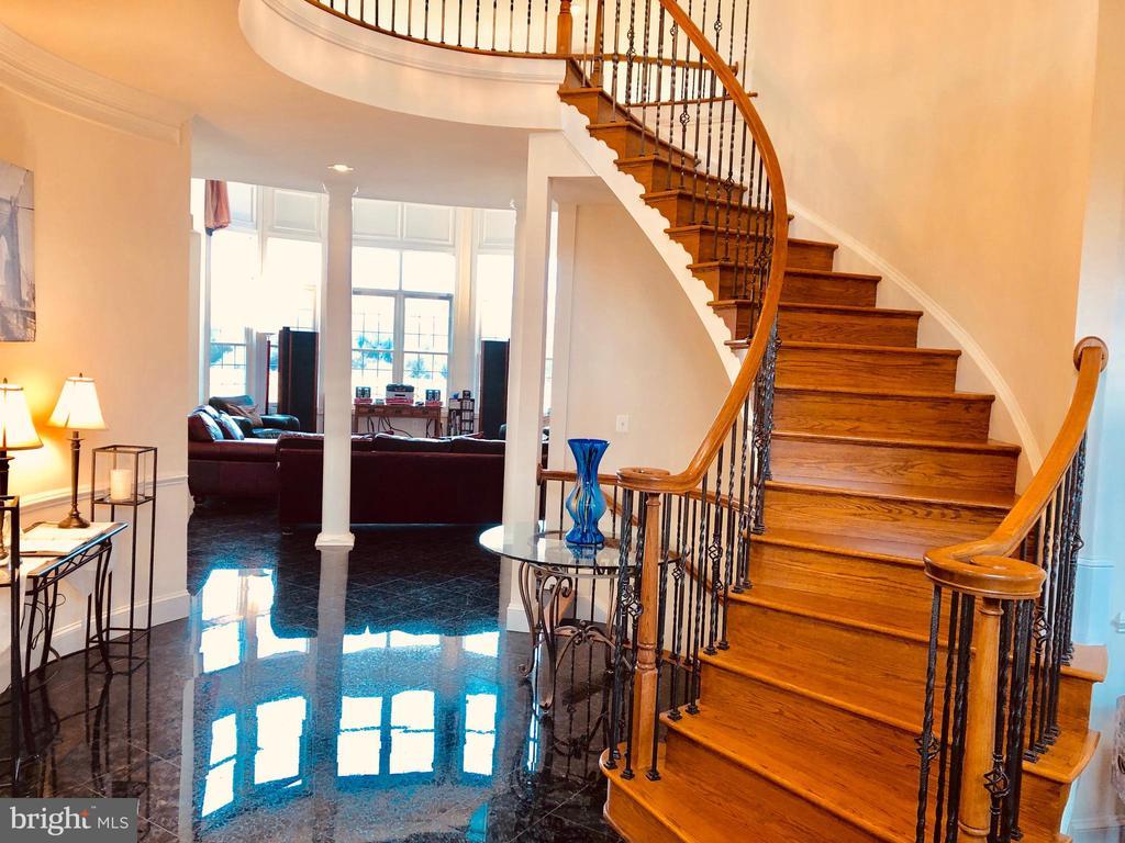Foyer1 - 40278 WARREN GLEN LN, LEESBURG