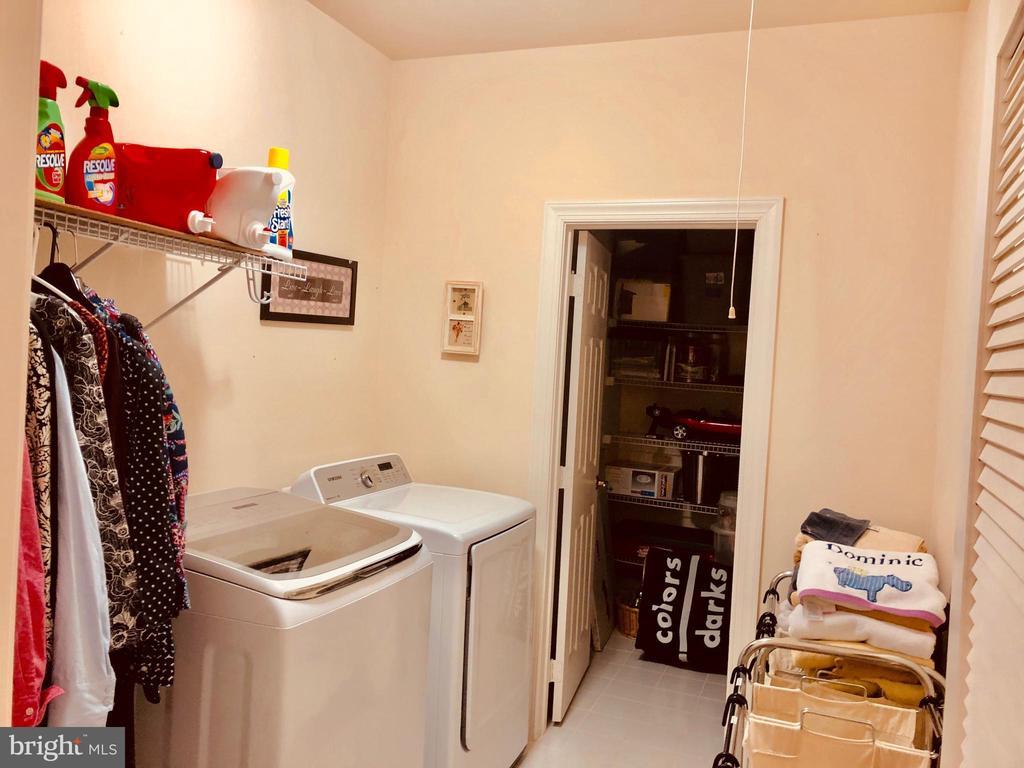 Laundry Room - 40278 WARREN GLEN LN, LEESBURG
