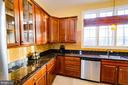 Gourmet Kitchen Newer Dishwasher - 4741 CHARTER CT, WOODBRIDGE