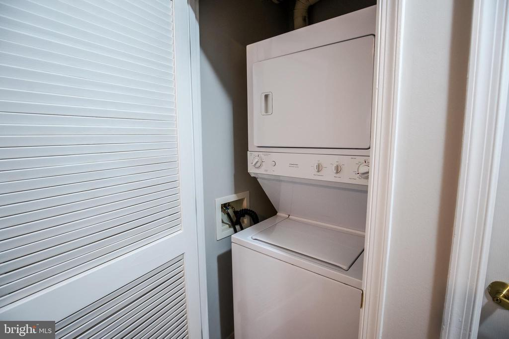 Discreet Washer/Dryer Closet - 616 E ST NW #655, WASHINGTON