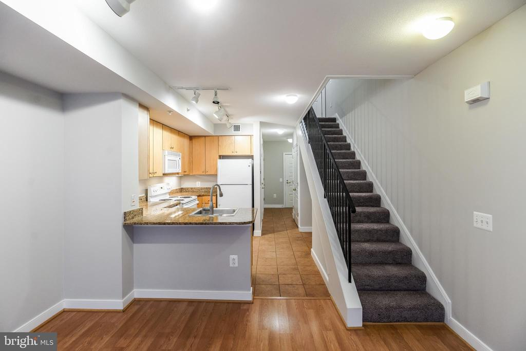 Brand New Paint and Carpet Throughout - 616 E ST NW #655, WASHINGTON