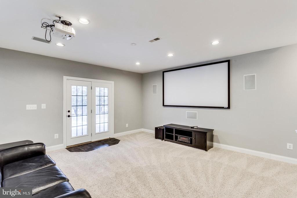 Theater area w/new HD projector that conveys. - 42744 RIDGEWAY DR, BROADLANDS