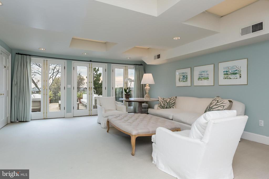 Master Sitting Room - 2804-2806 Q ST NW, WASHINGTON
