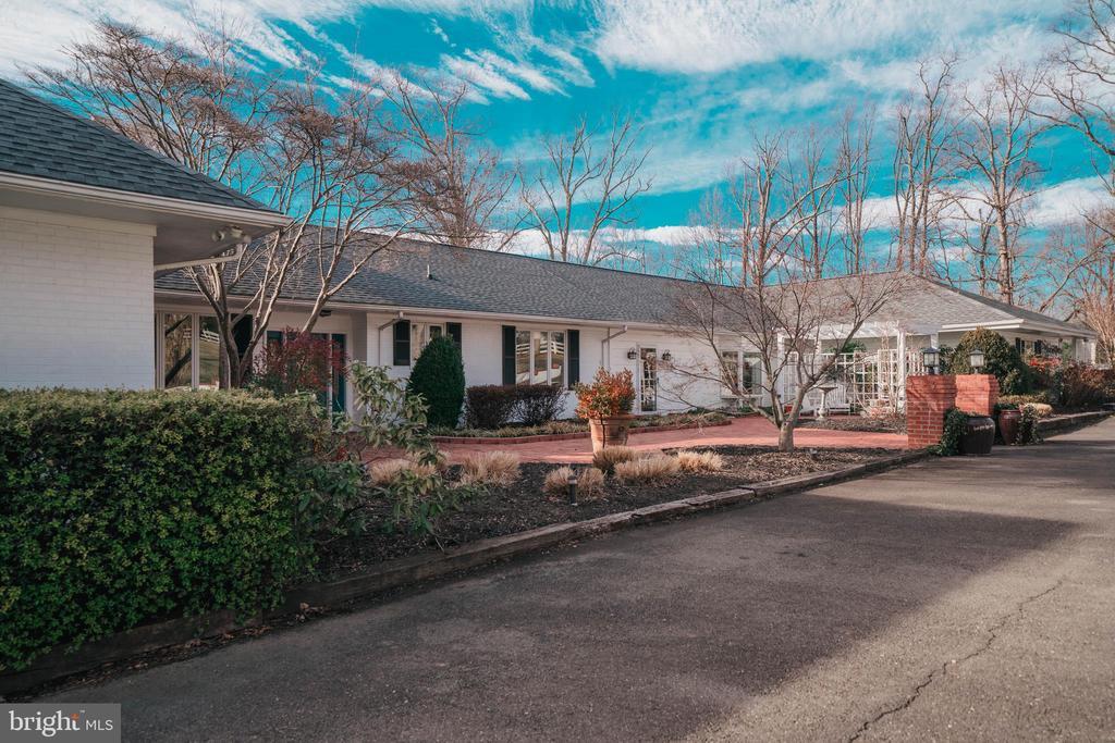 8262  LEES RIDGE ROAD, Fauquier County in FAUQUIER County, VA 20186 Home for Sale