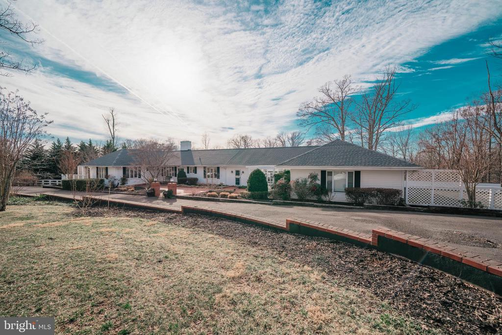 8262  LEES RIDGE ROAD, Fauquier County, Virginia
