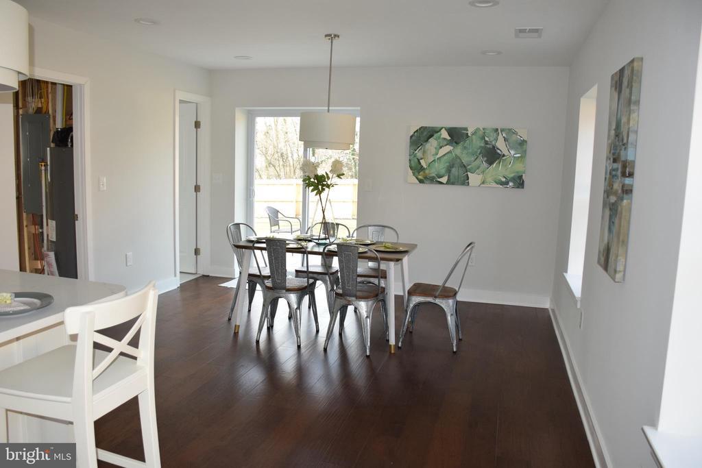 DINING ROOM - 2014 S LANGLEY ST, ARLINGTON