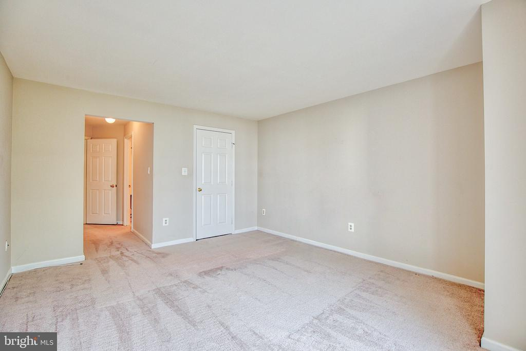 Bedroom 1 - 20585 SNOWSHOE SQ #302, ASHBURN