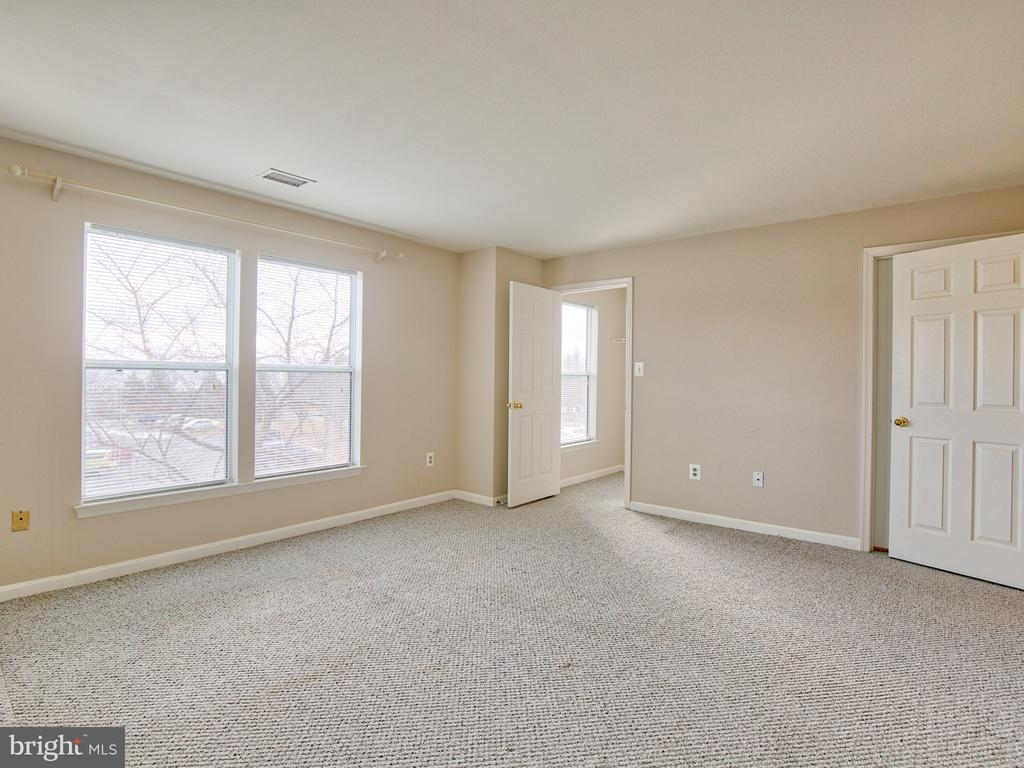 Bedroom 2 - 20585 SNOWSHOE SQ #302, ASHBURN