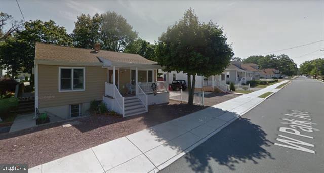 Maison unifamiliale pour l Vente à 501 W PARK Avenue Pleasantville, New Jersey 08232 États-Unis