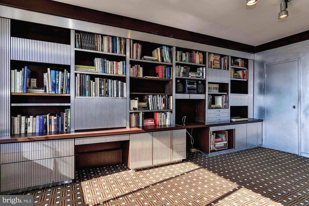 Custom built-ins provide hidden storage space - 10201 GROSVENOR #1701, NORTH BETHESDA