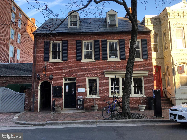 Single Family Home for Sale at 110 S Pitt Street 110 S Pitt Street Alexandria, Virginia 22314 United States