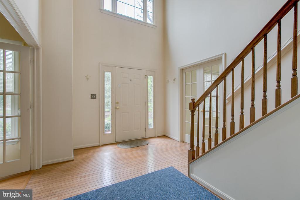 Entryway - 1480 TRUSLOW RD, FREDERICKSBURG