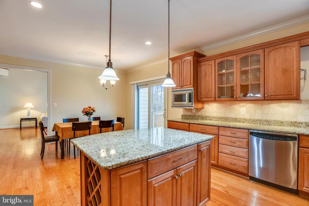 Large well planned kitchen. - 7919 N PARK ST, DUNN LORING
