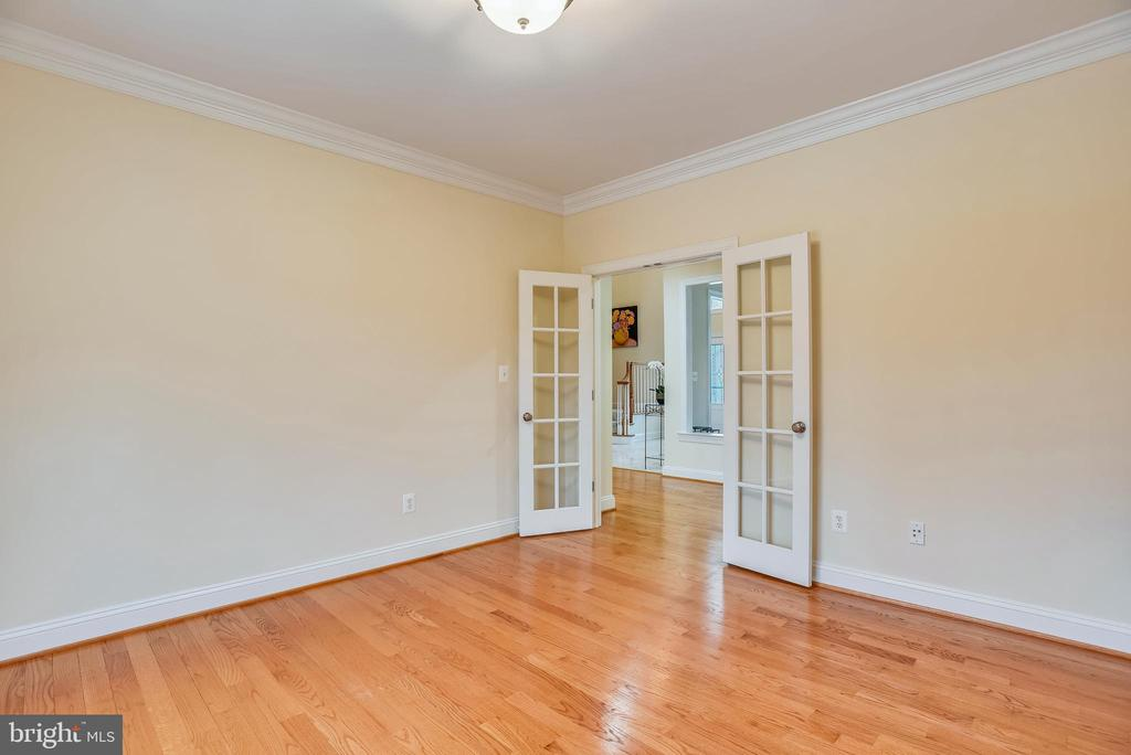 French doors for the office. - 7919 N PARK ST, DUNN LORING