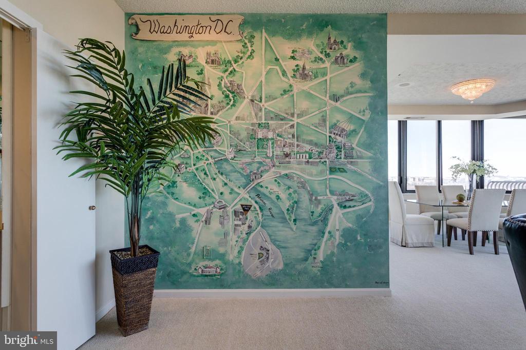 Custom Wall Art - 1300 CRYSTAL DR #PH3S, ARLINGTON