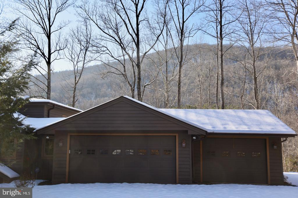 Attached Garage - 11 PENNY LN, SPERRYVILLE