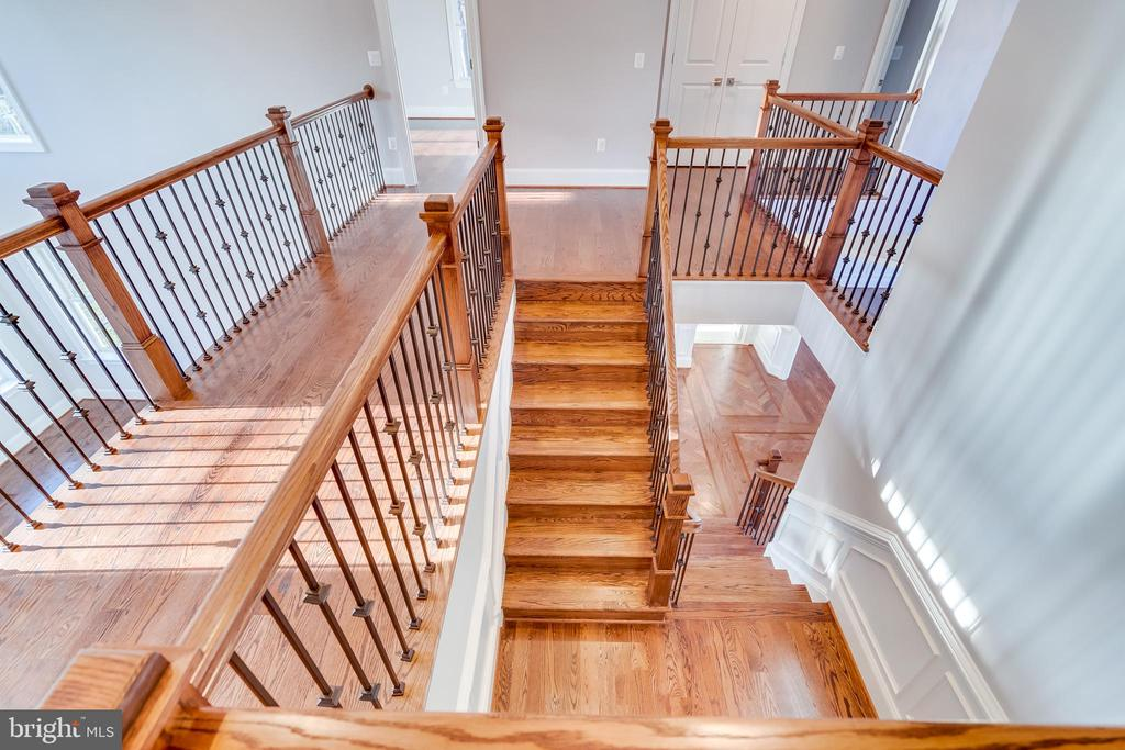 Staircase to upstairs - 1916 STORM DR, FALLS CHURCH