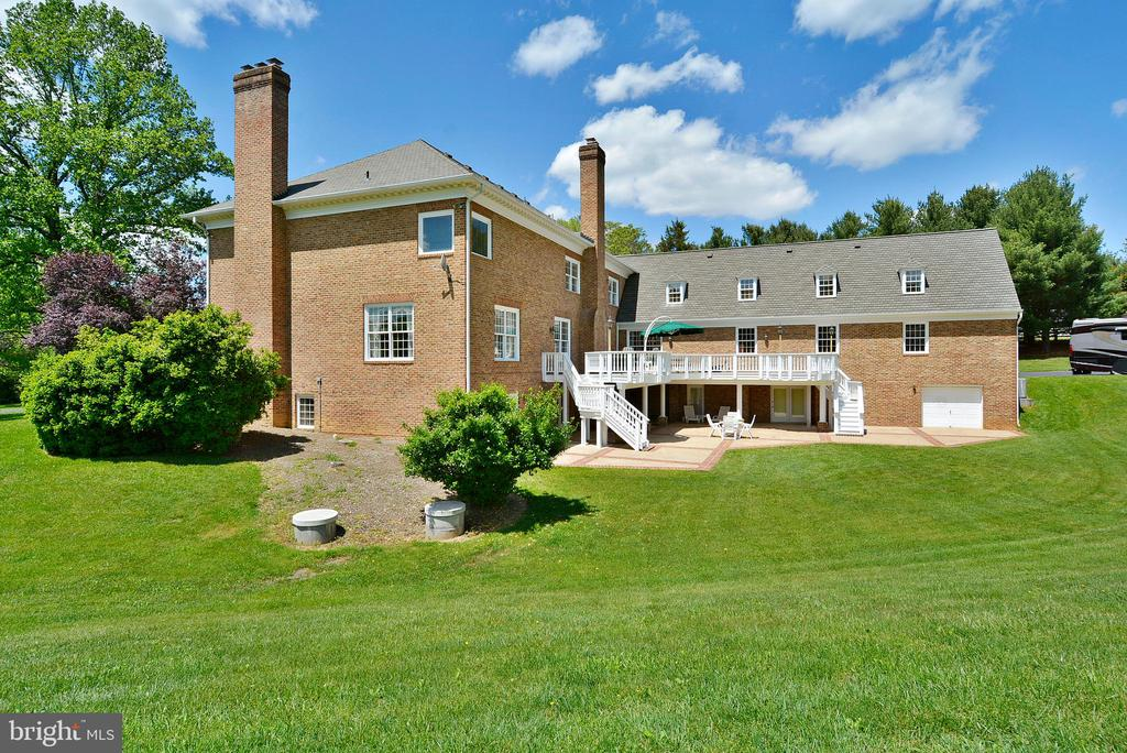 Unlimited Opportunity for Today's Living - 6901 CLIFTON RD, CLIFTON