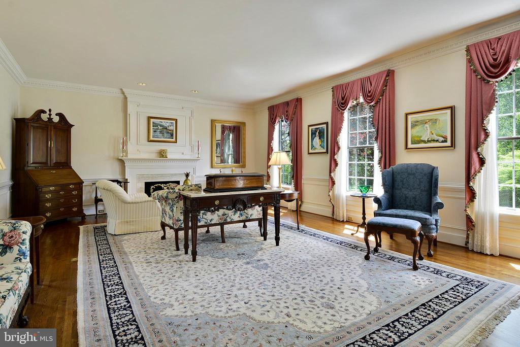 Living Room: Formal with 1 of 6 fireplaces - 6901 CLIFTON RD, CLIFTON