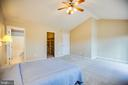 Master Suite - 8485 COLFAX DR, KING GEORGE
