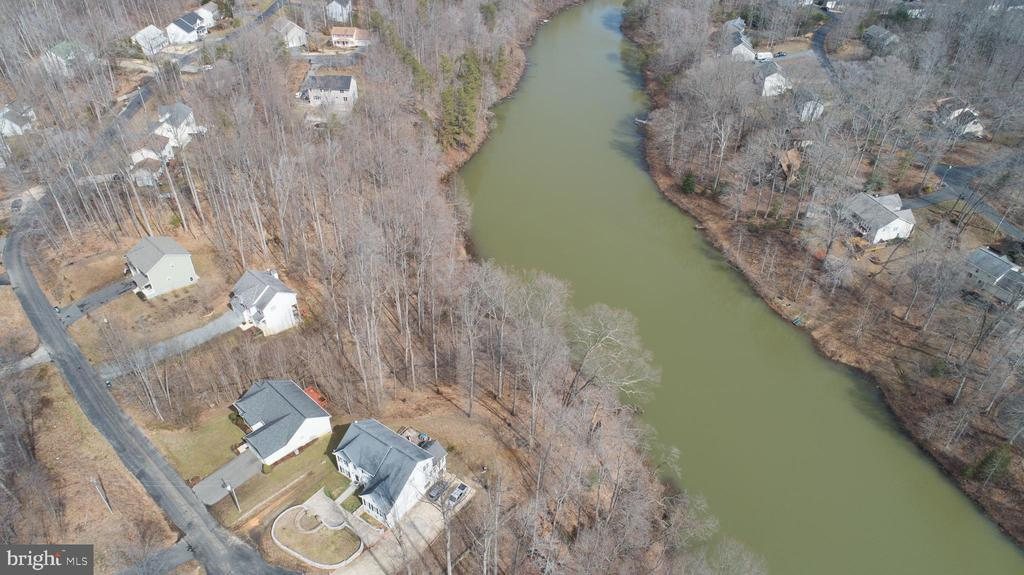Overhead view of Home & Lake - 8485 COLFAX DR, KING GEORGE