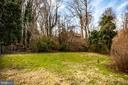 Adjacent lot with Garage included with Sale - 6199 S FIRST ST, KING GEORGE