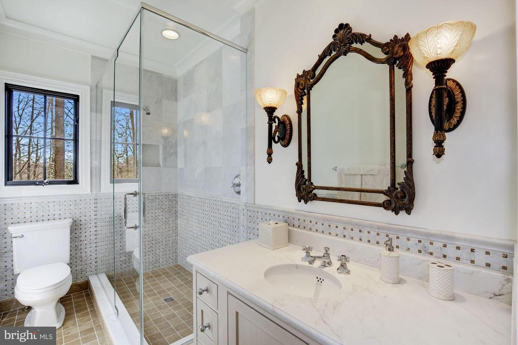 Each BR has En Suite Bathrooms! - 9811 AVENEL FARM DR, POTOMAC